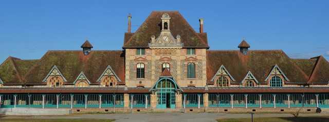 Centre Social Rural Gaston Henri Paillhou Espace La Charité-Allée du pont du Garde 03100 Lavault Sainte Anne 04-70-08-07-26 ou 06-69-08-53-97