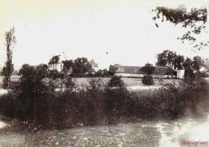 Chateau de La Brosse-Ce chateau a ete rase lors de la construction de La Charite