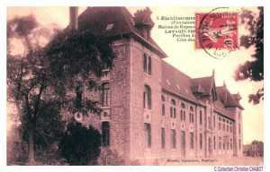 L'Hopital de La Charité fait partie d'un Legs à la commune par le Vicomte PAILLHOU .